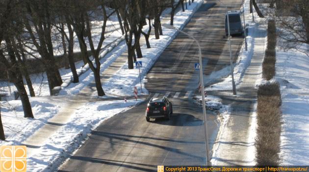 Сужение дороги для пешеходного перехода в Таллинне