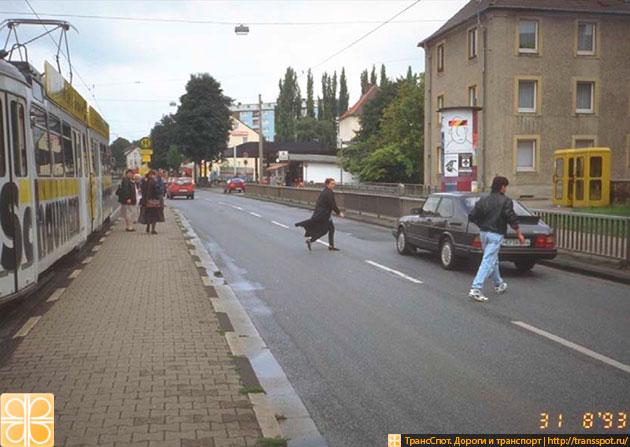 Переход в неположенном месте в Германии в 90-е годы