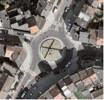 При организации проезда по кольцу в общем потоке, велосипедные полосы можно даже прерывать на подходе к кольцевому пересечению